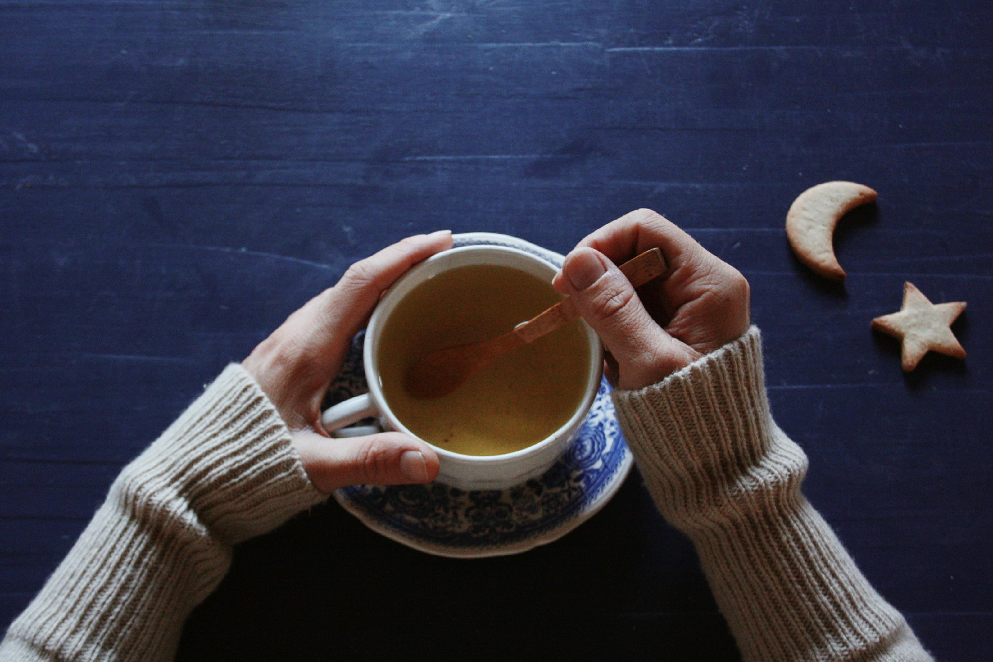 minimalist tea hippie in disguise